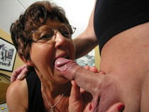 Mature Bespectacled Granny Anneke Loves Cock And Vibrator Hi
