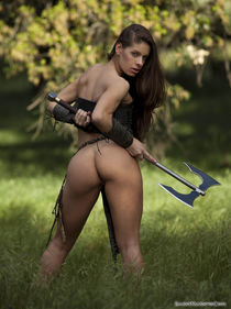 Sexy topless army in hot HQ pics