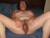 AgedTwat Huge Collection Of Free Mature And Granny Porn!