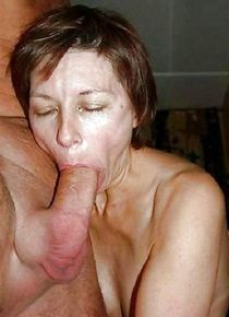 Middle aged amateur women with mouth full of sperm and dicks