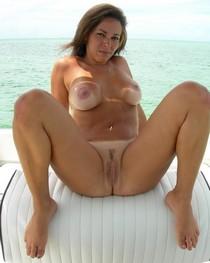 Amazing novice vagina pic with amazing brunette.