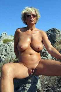 Sexy mature lady with huge bude boobs