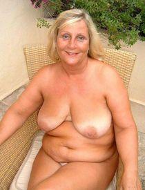 Huge Mix Of Aged Women MILF Moms Mature Granny  - Faplo