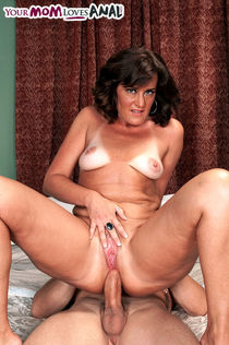 Middle-aged lady Ruby works her way up to a anal fucking and creampie