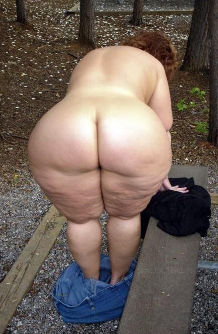 Big nude granny asses