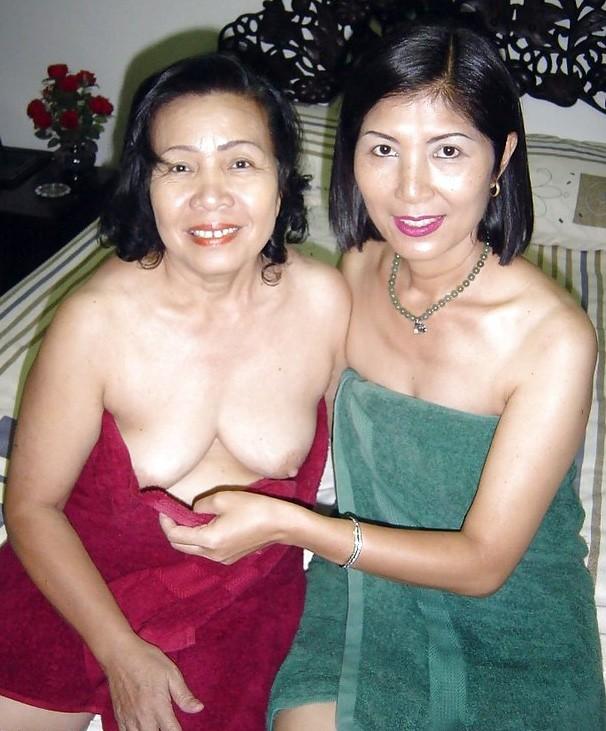 Young Asian Schoolgirl Lesbian