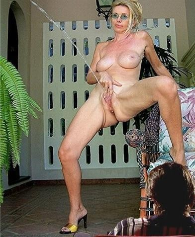 Mature Public Sex Shows