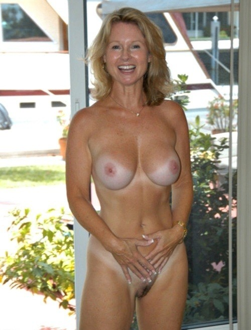 Naked mature women tan