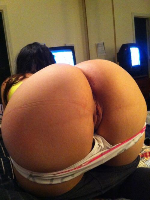 Big booty big tit milf